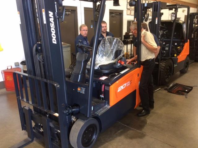 Forklift Training   OSHA Material Handling Courses   Langer